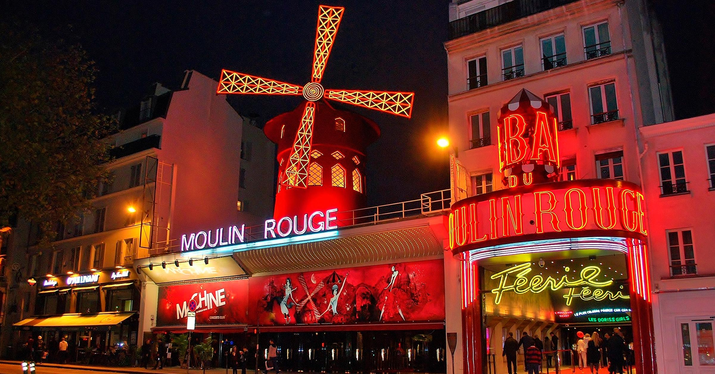 Moulin Rouge | 6 must-see locations in Paris | Ready To Go